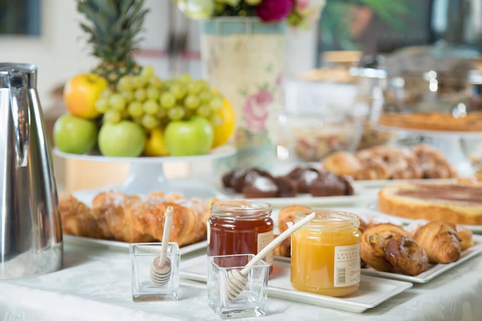 colazione-hotel-fertilia